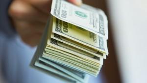 20150819160637-money-in-hand-success-bills